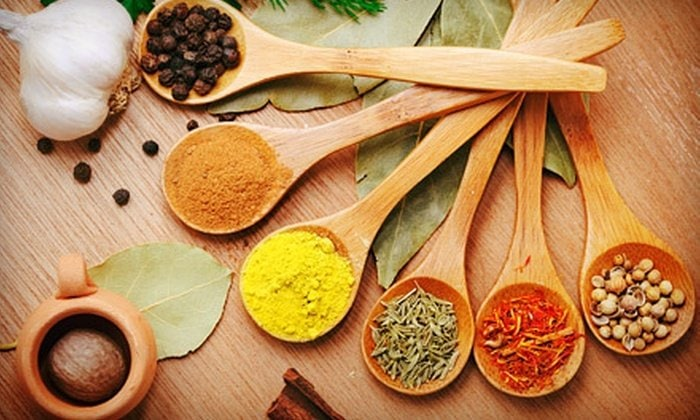 How to save money on organic spices | why should you buy organic spices | Organic spices on a budget